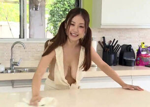 Nude japanese woman